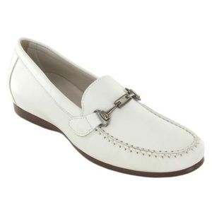 """MUNRO American """"Kimi"""" Loafers White Leather"""